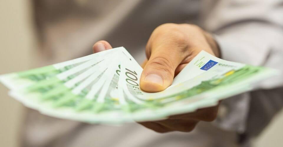 Låna pengar